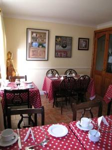 Ashe's B&B, Bed and Breakfasts  Dingle - big - 51