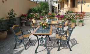 B&B Zahir, Bed & Breakfasts  Castro di Lecce - big - 40