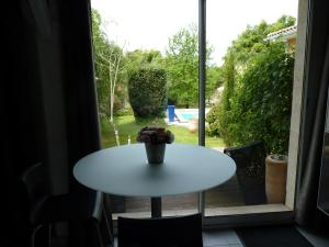 Mascarisle, Bed & Breakfasts  Libourne - big - 6