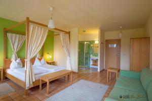 ad vineas Gästehaus Nikolaihof-Hotel Garni, Hotel  Mautern - big - 5