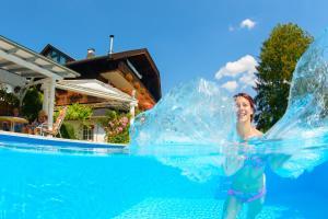 Ferienwohnungen Presslauer Mori - Haus Irmgard, Apartments  Sankt Kanzian - big - 34