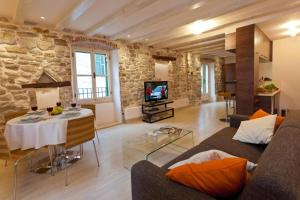 Luxury San Giovanni Apartment 2