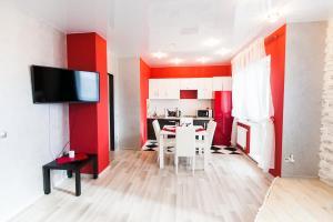 Апартаменты Beautiful на Поповича 10-87 - фото 3