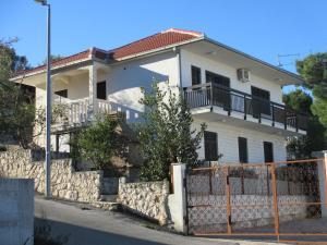 Apartments Bridic