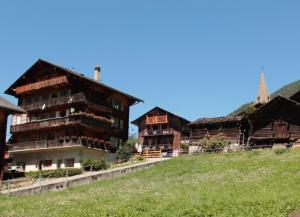 Chalet Clevettaz - Apartment - Evolène
