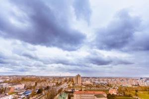 Апартаменты Beautiful на Поповича 10-87 - фото 12