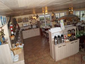 Hotel Restaurant Wattenschipper, Hotely  Nordholz - big - 49