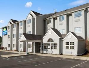 Days Inn & Suites Lafayette