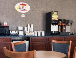 Super 8 Danville, Motels  Danville - big - 14