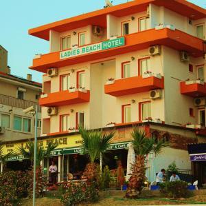 Кушадасы - Ladies Beach Hotel