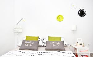 Apartment Shiny Love