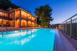 Villa Eora, Апартаменты  Керион - big - 20
