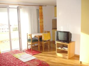 Apartment Leticia, Apartmanok  Tučepi - big - 3