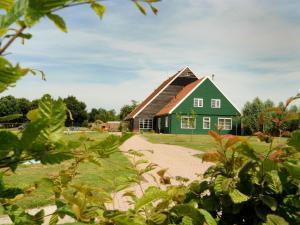 Holiday home Villavakantiepark Ijsselhof 7