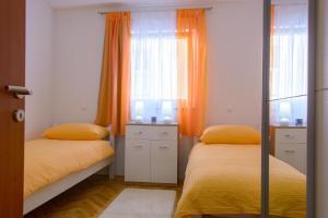 Apartment Tonino, Ferienwohnungen  Trogir - big - 15