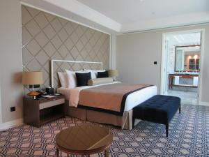 Grand Luxury Suite With Burj View