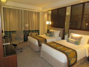 Luxury Twin Room With Burj View
