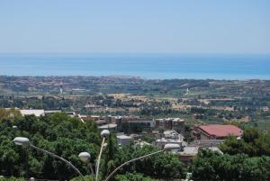 B&B La Finestra sulla Valle, Bed and Breakfasts  Agrigento - big - 22