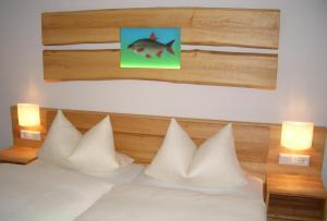 Karpfenhotel im Gasthaus Sindel-Buckel
