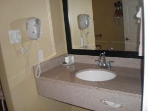 Econo Lodge Inn & Suites Mesa, Hotels  Mesa - big - 10