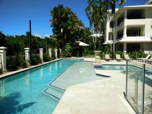 Mandalay Luxury Beachfront Apartments - Far North Queensland, Queensland, Australia