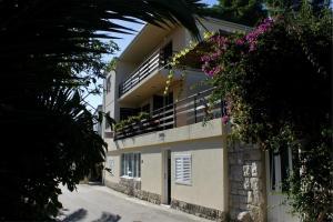Guest House Matana, Penzióny  Sobra - big - 7