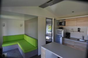 Camping Colline de Rabais, Campingplätze  Virton - big - 7