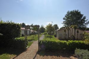 Camping Colline de Rabais, Campsites  Virton - big - 26