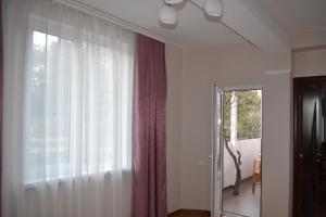 Guest House Azhur, Penziony  Haspra - big - 7