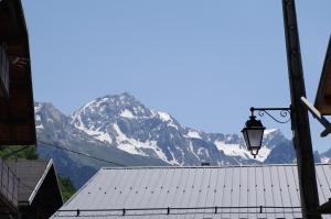 Appartement Dans Chalet de Montagne, Апартаменты  Bozel - big - 4
