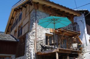 Appartement Dans Chalet de Montagne, Апартаменты  Bozel - big - 9