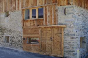 Appartement Dans Chalet de Montagne, Апартаменты  Bozel - big - 10