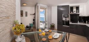 (Mariva Luxury Apartment)
