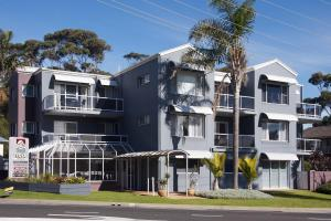 Mollymook Cove Apartments