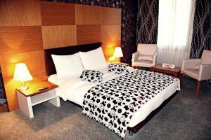 Отель Grand Nur Plaza - фото 8