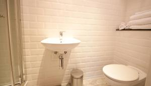IFSC Dublin City Apartments by theKeyCollection, Апартаменты  Дублин - big - 36