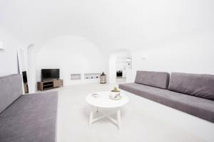 Insolito Villa(Emporio)