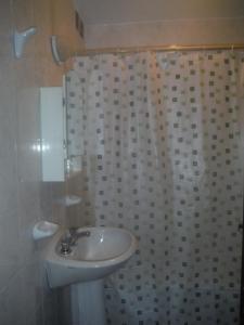 Hotel Premier, Hotely  Salta - big - 38