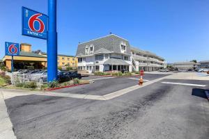 obrázek - Motel 6 Oakland Airport