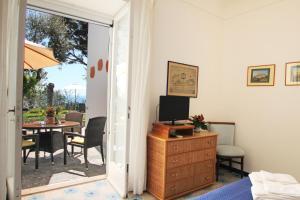 Casa Augusto B&B, Panziók  Capri - big - 7