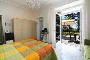 Casa Augusto B&B, Panziók  Capri - big - 15