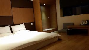 JI Hotel Nanjing Hongqiao Zhongshan North Road, Hotely  Nanjing - big - 5