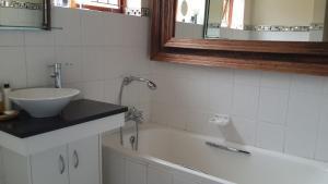 Riversong Guest House, Гостевые дома  Кейптаун - big - 80