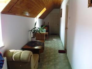 Hortenzia Apartmanház, Ferienwohnungen  Balatonlelle - big - 14