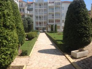 Bravo 5 Holiday Apartments