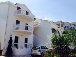 Apartments Svorcan