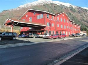 Nearby hotel : Juneau Hotel