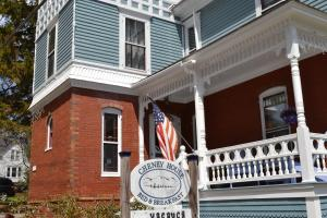 Cheney House Bed and Breakfast