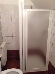 Mol-Ker-Vill Apartment