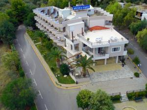 Almira Mare